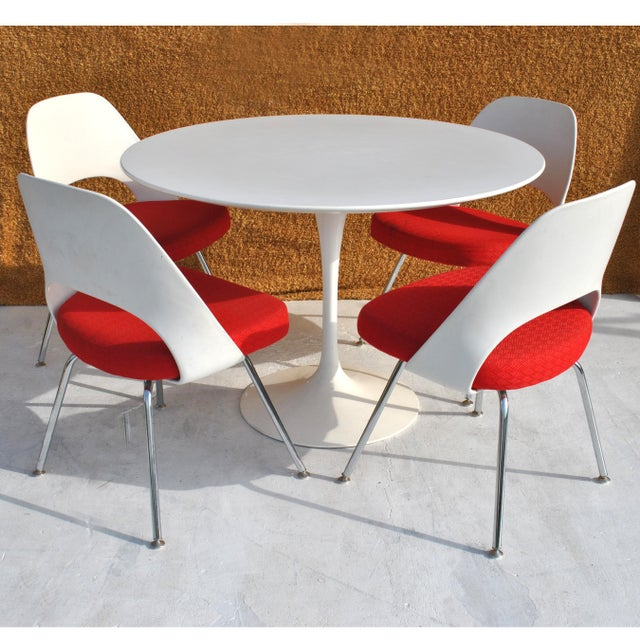 Metal Set of Four Contemporary Knoll Eero Saarinen 72c-Piece Dining Side Chairs For Sale - Image 7 of 13