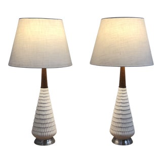 Pair of Simple White Mid Century Lamps For Sale