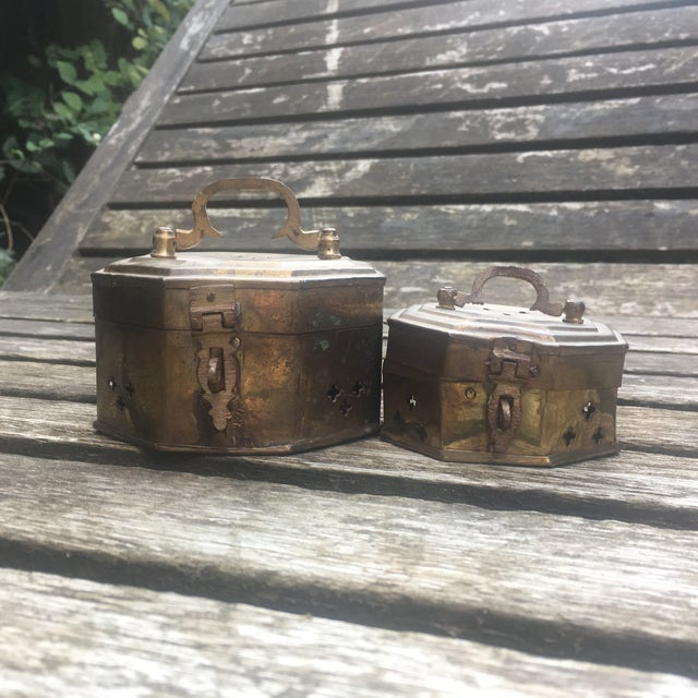 Offered is a pair of classic vintage brass cricket boxes, one larger and one smaller. Patina on this vintage brass is...