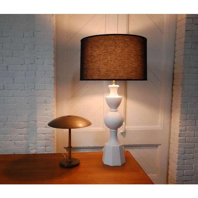 Mid-Century Modern Monumental Balustrade-Form Plaster Table Lamp For Sale - Image 3 of 11