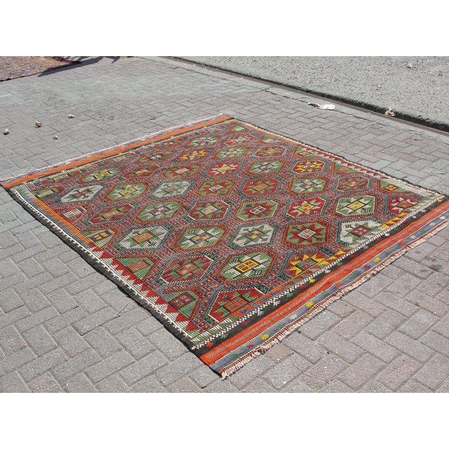 "Boho Chic Vintage Turkish Kilim Rug - 6'9"" x 8'3"" For Sale - Image 3 of 11"