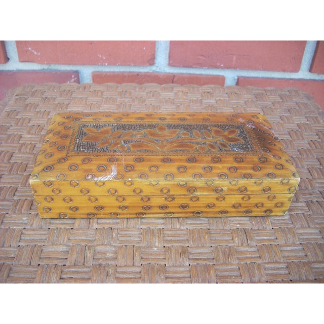Wood Box With Incised Circles - Image 2 of 3