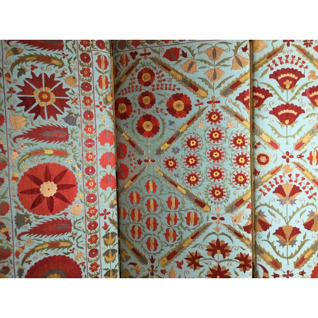 1950s Vintage Hand Embroidery Suzani Screen For Sale - Image 5 of 13