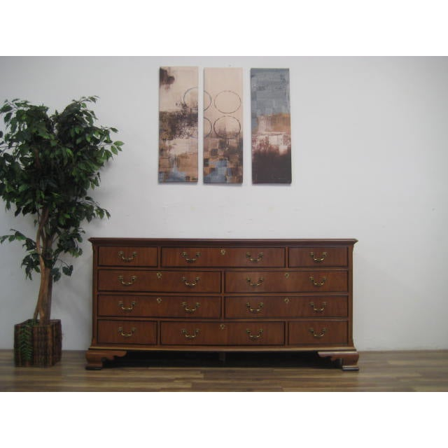 Queen Anne Style 10-Drawer Dresser by Drexel - Image 2 of 11
