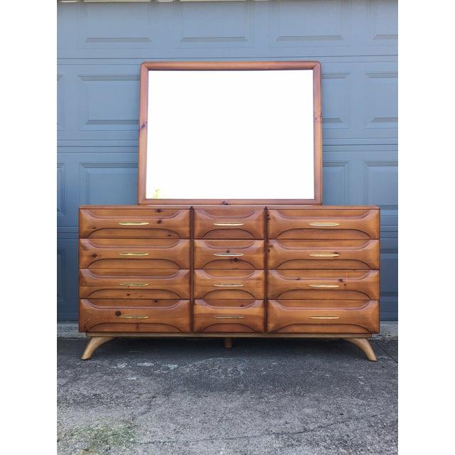Mid-Century Modern Franklin Shockey Mid-Century Sculptured Pine Dresser For Sale - Image 3 of 11