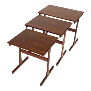 Danish Mid Century Rosewood Nesting Tables - Set of 3 For Sale