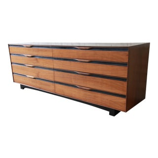 John Kapel for Glenn of California Mid-Century Modern Eight-Drawer Walnut Dresser