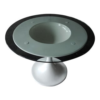 1960s Space Age White Pedestal Dining Table For Sale