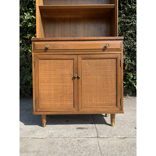 Baumritter Mid Century Modern Display Shelf Cabinet For Sale - Image 4 of 10