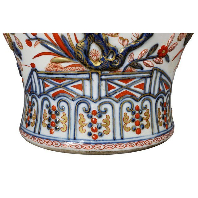 Asian Pair of Samson Export Style Covered Temple Jars For Sale - Image 3 of 10