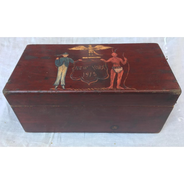 Antique Wooden Box W/Colonial Crest For Sale In Los Angeles - Image 6 of 10
