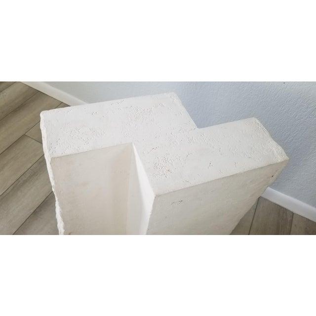 1970s Postmodern Geometric White Plaster Pedestal For Sale - Image 5 of 12