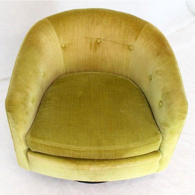 Milo Baughman for Thayer Coggin Milo Baughman Single Lounge Chair Swivel Barrel Back Velvet Upholstery For Sale - Image 4 of 7