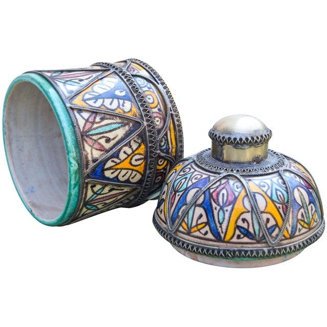 Andalusian Filigree Ceramic Box For Sale - Image 11 of 13