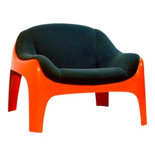 Iconic Mid -Century Design Italian Fiberglass Lounge Chair by Sergio Mazza for Artemide, 1960s