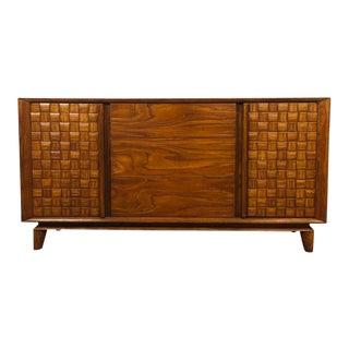 1950s Paul Laszlo for Brown Saltman Mid Century Modern Oak Credenza For Sale