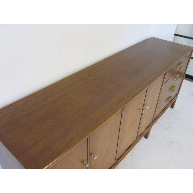 1950s Kip Stewart Mid-Century Mahogany and Brass Server or Sideboard for Drexel For Sale - Image 5 of 9