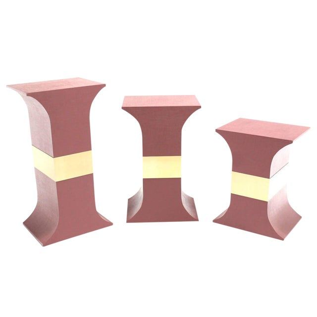 Mid-Century Modern Grasscloth Wrapped Pink Lacquer Brass Trim Pedestals- Set of 3 For Sale - Image 9 of 9
