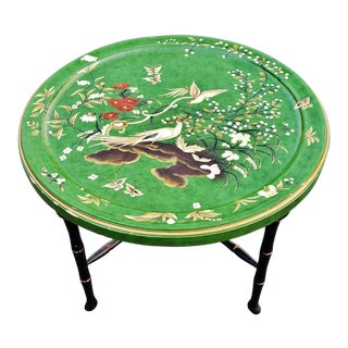 1970s Chinoiserie Hand Painted Folding Tray Round Coffee Table For Sale