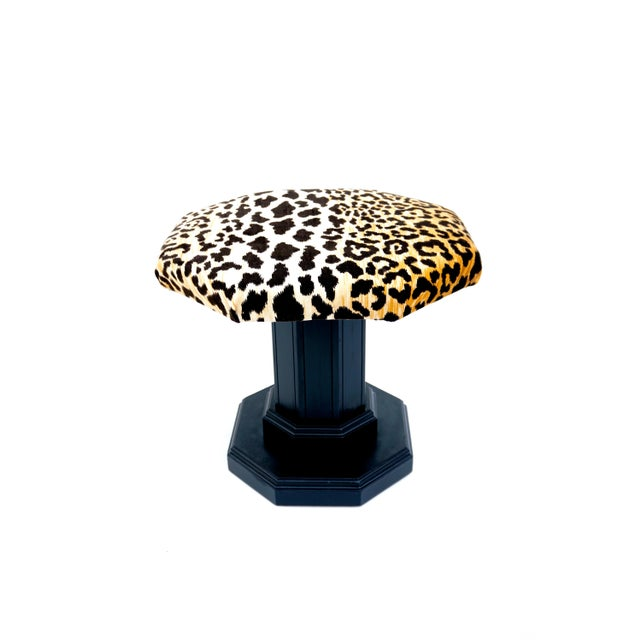 Vintage Regency Leopard Velvet Low Stool For Sale In Los Angeles - Image 6 of 11