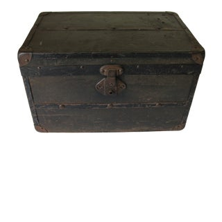 Antique Child's Doll Trunk For Sale