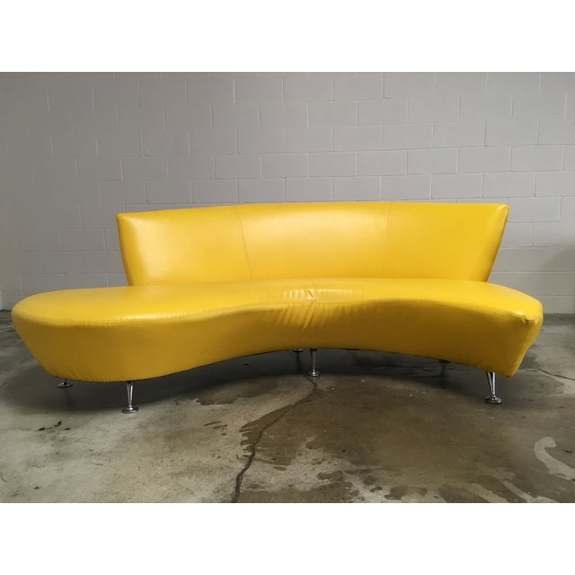 Vladimir Kagan Vintage Modern Lather Kagan-Style Serpentine Sofa For Sale - Image 4 of 4
