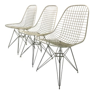 Authentic Vintage White Wire Eiffel Chairs by Charles Eames for Herman Miller - Set of 3 For Sale