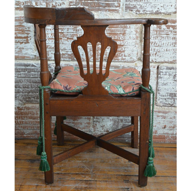 19th Century Carved Elm Corner Chair For Sale - Image 4 of 13