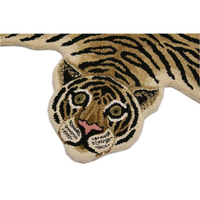 Boho Chic Contemporary Decorate Wild Animal Design Handcuffed Area Rug- 3′ × 5′ For Sale - Image 3 of 9