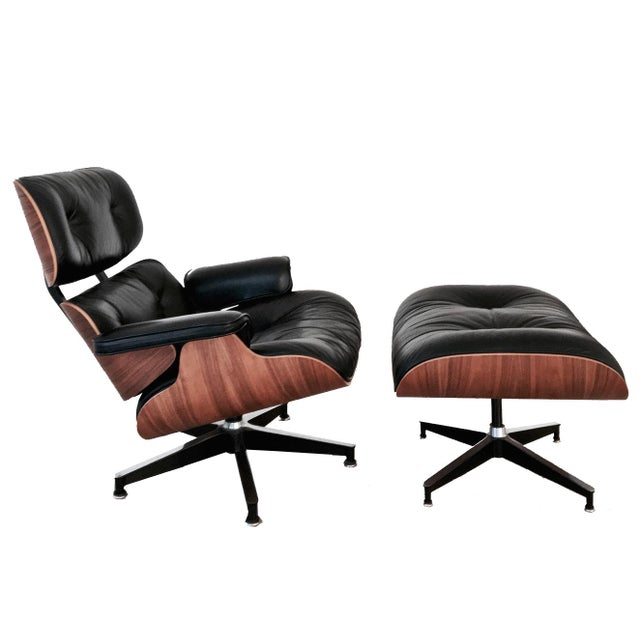 1990s 1990s Third Generation Eames Black Leather and Walnut Lounge Chair and Ottoman - a Pair For Sale - Image 5 of 5