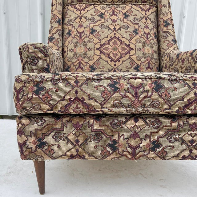 Beige Mid-Century Modern Lounge Chair With Ottoman For Sale - Image 8 of 13