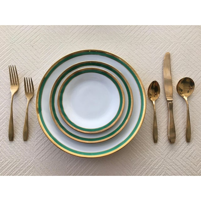 Hollywood Regency 1960s Mid-Century Modern 6-Place Gold Plated Flatware Set For Sale - Image 3 of 11