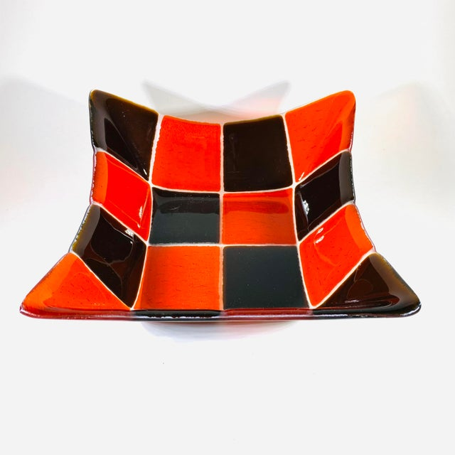 Brown 1970s Mid Century Modern Fused Art Glass Square Bowl in Red and Chocolate Brown For Sale - Image 8 of 8