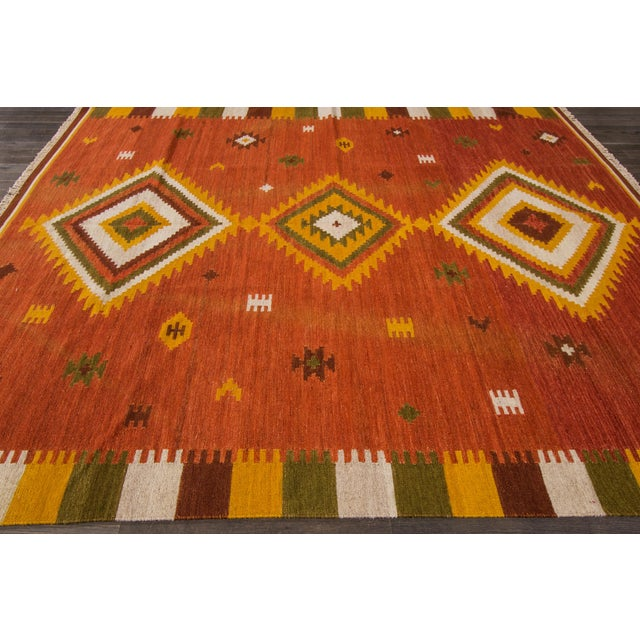 Modern hand-knotted Modern Kilim. Excellent condition.