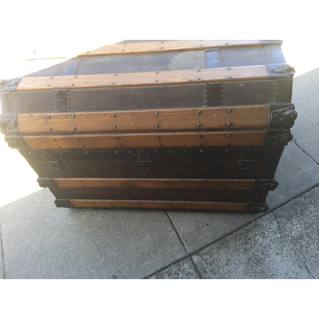 Brown Antique Stagecoach Trunk Steamer For Sale - Image 8 of 13