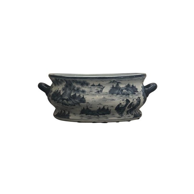 Chinese Chinoiserie Porcelain Foot Bath/Cachepot For Sale In New York - Image 6 of 7