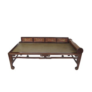 1900s Vintage Hand Painted Rattan Daybed For Sale