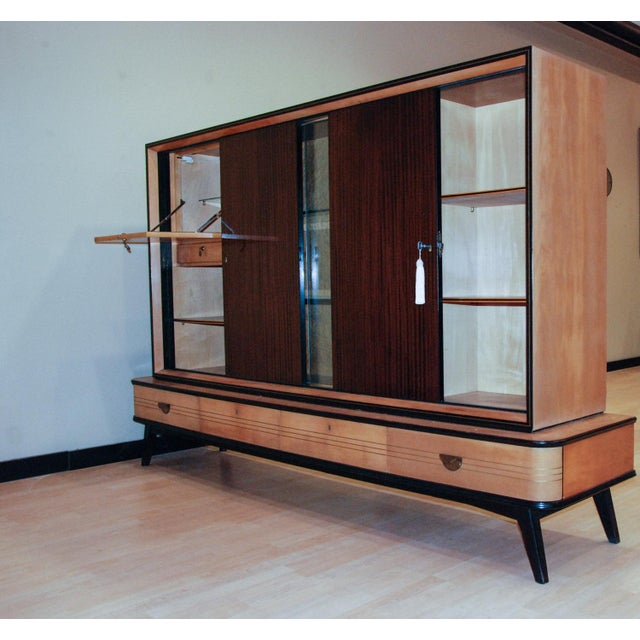 1950s Circa 1950 Large German Exotic Wood and Glass Bar/Display Cabinet, Germany For Sale - Image 5 of 8
