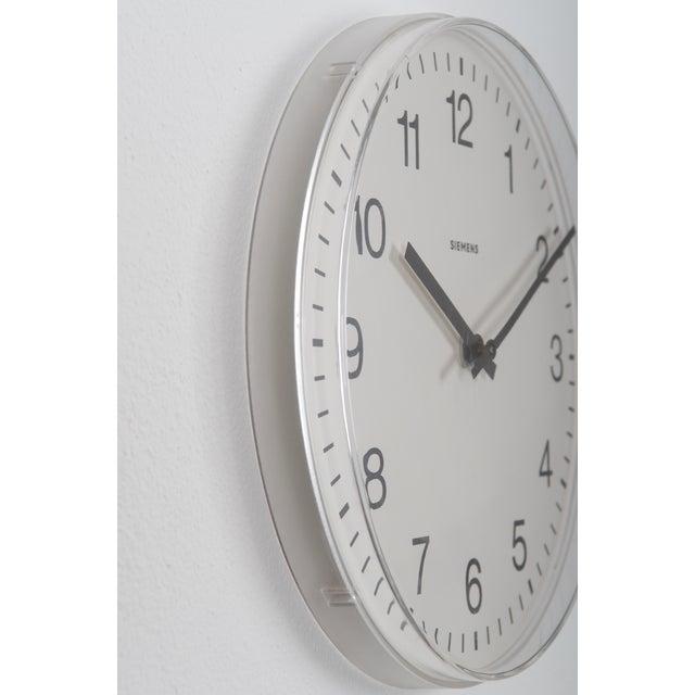 Modern Siemens Factory, Workshop or Train Station Clock For Sale - Image 3 of 6