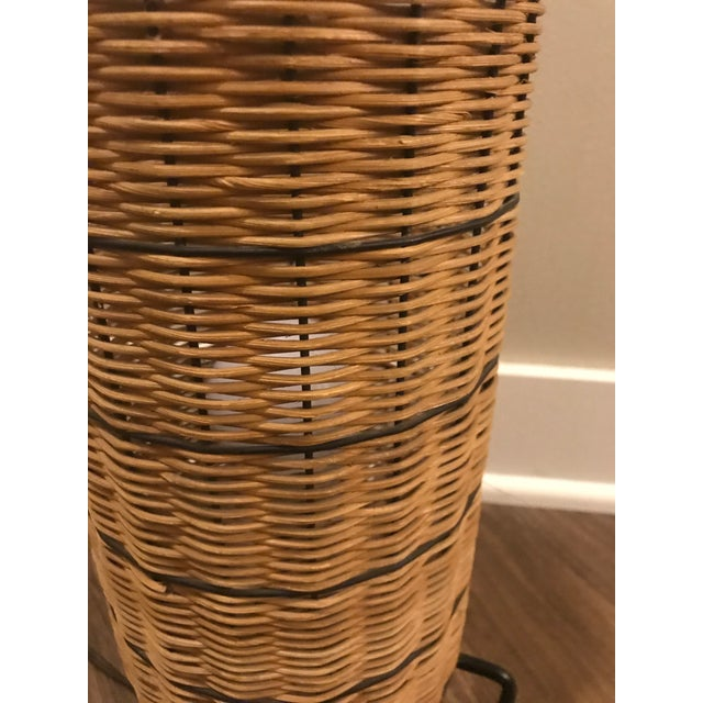 1950s Mid-Century Paul Mayen Wicker Table Lamp With Shade For Sale In Minneapolis - Image 6 of 7