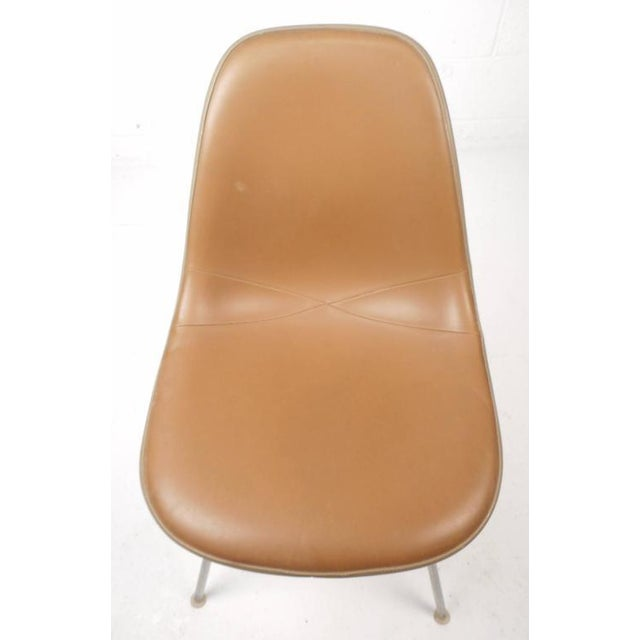 Mid-Century Modern Fiberglass Shell Chairs by Herman Miller - Set of 5 - Image 7 of 9
