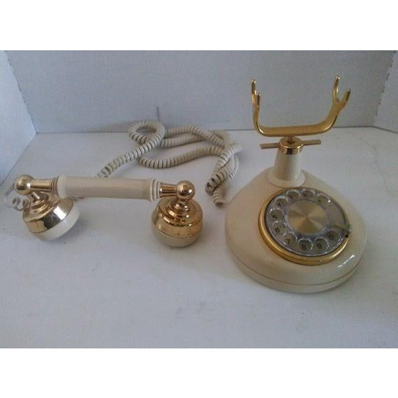 1970s 1970s Vintage French Style Telephone For Sale - Image 5 of 7