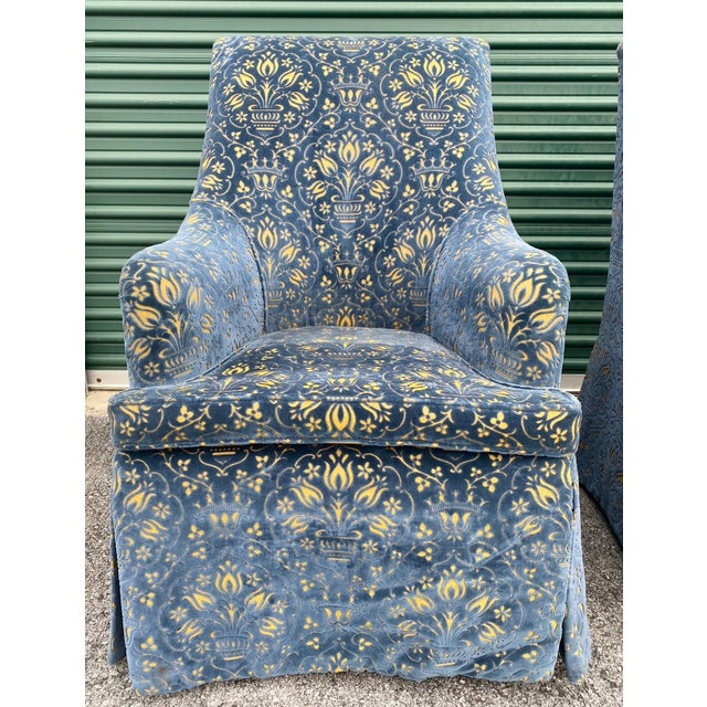 These custom George Smith Georgian Desk Chairs are in a beautiful George Smith textured fabric. The navy blue is accented...