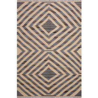 Retro Kilim Sykes Grey Hand-Woven Wool Rug -6′2″ × 9′2″ For Sale