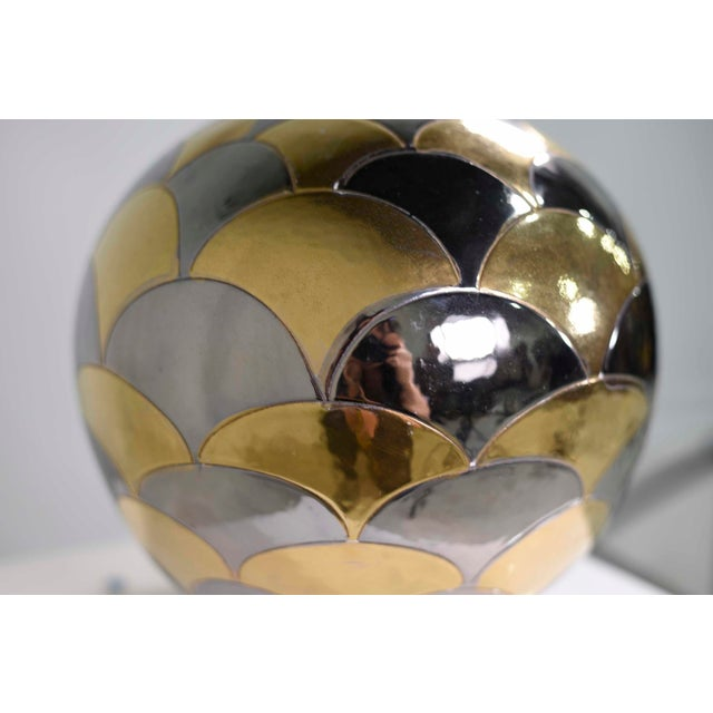 Mid-Century Modern Vintage Bellini Italy Fish Scale Metallic Gold and Silver Mirrored Ceramic Vase For Sale - Image 3 of 10