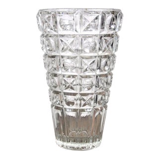"""French Vintage Lead Crystal Vase """"Cristal D'Arques"""" Made in France 1950's - 1960's For Sale"""