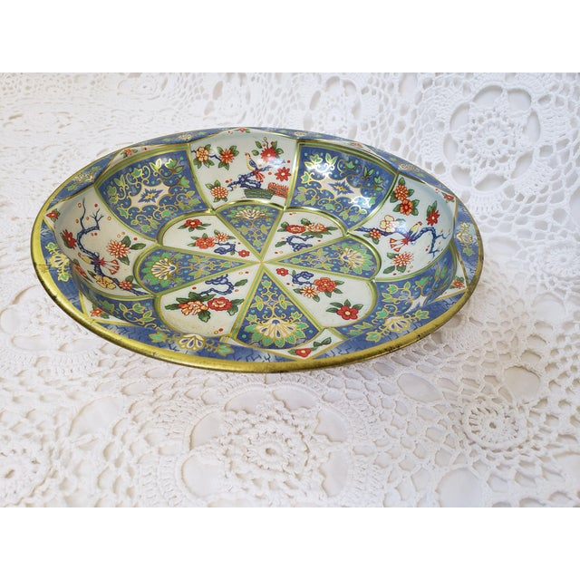 1970s Blue & White Oriental Floral Tin Bowl by Daher For Sale - Image 9 of 9