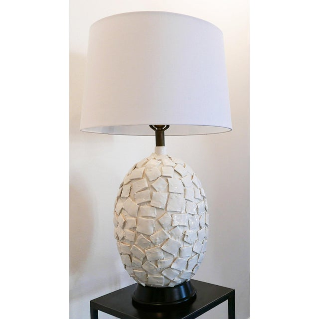 Mid-Century Modern Ceramic Lamp With Applied Squares For Sale - Image 3 of 6