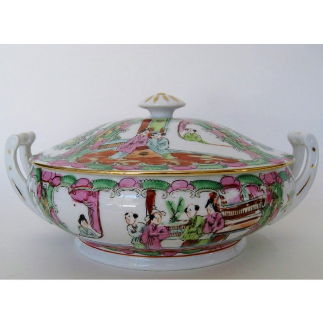 Asian Vintage Rose Medallion Tureen For Sale - Image 3 of 7