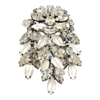 Vintage Kramer Brooch Frosted Leaves and Clear Rhinestones Dangles For Sale